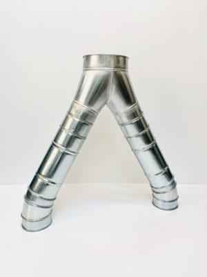 Pantalones tipo bifurcación en chapa galvanizada