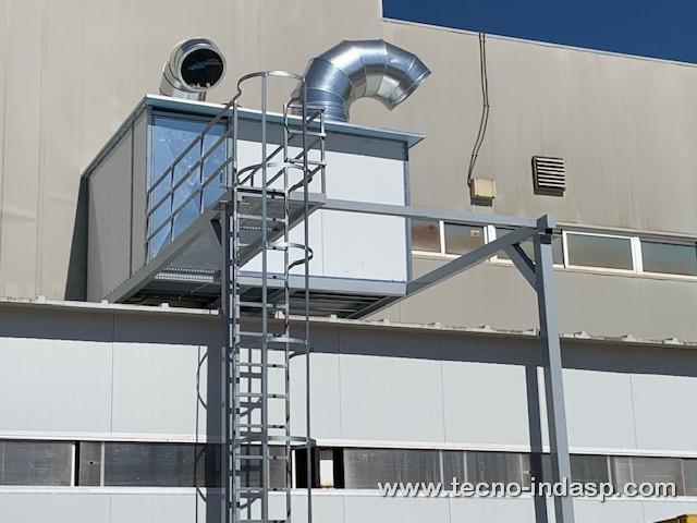 Construcción de cabina de aspiración para gases de estireno en Ingeniería de Compuestos S.L.